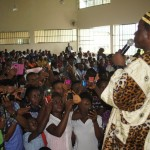Nollywood iconic actor, Chiwetalu Agu addressing a crowd of ecstatic students of the CRS College of Education when he visited the school recently