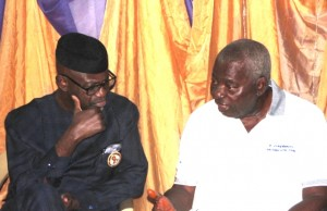 Fmr. CR governor, Liyel Imoke, commiserating with the bereaved.